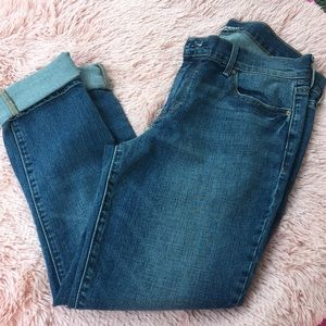 ⭐️OLD NAVY⭐️ blue jeans rolled up size 8